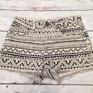 Bullhead tribal shorts